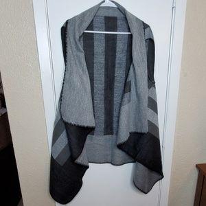 Black & Grey Striped Sleeveless Cardigan